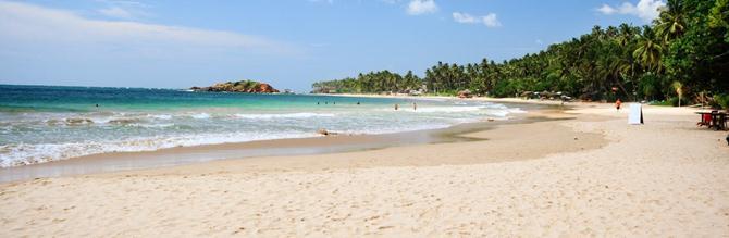 Пляж отеля Paradise Beach Шри-Ланка: http://lankaway.ru/paradise-beach-shri-lanka